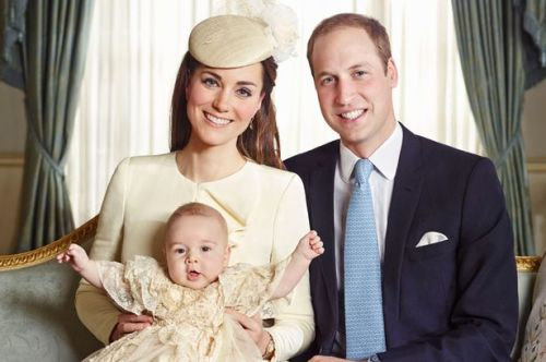 The-official-portrait-for-the-christening-of-Prince-George-Alexander-Louis-of-Cambridge-photographed-in-The-Morning-2516405