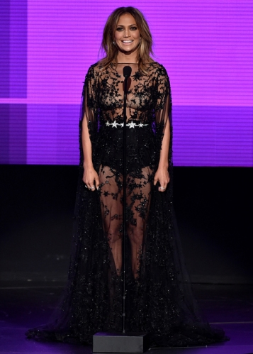 looks-american-music-awards-ama-jennifer-lopez