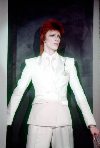 1nov1973-david-bowie-fashion-evolution-600