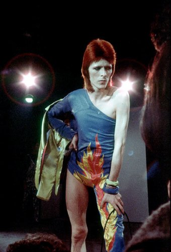 4jan1973-david-bowie-fashion-evolution-600