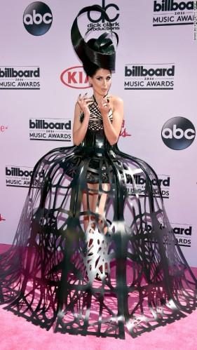 160522194747-03-billboard-music-awards-red-carpet-super-916