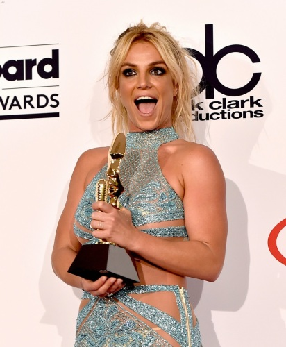 britney-spears-family-shows-support-billboard-music-awards-2016-02