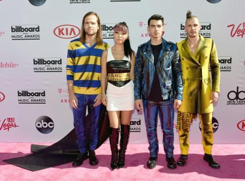 rs_1024x759-160522164428-1024.DNCE-Billboard-Music-Awards.tt.052216