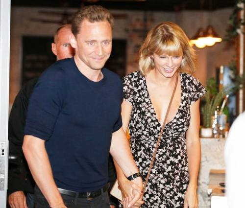 tom-hiddleston-taylor-swift-25d0491f-1793-4c58-901b-569589a8e9fd