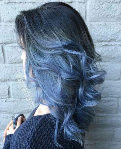 cabelo-azul-escuro